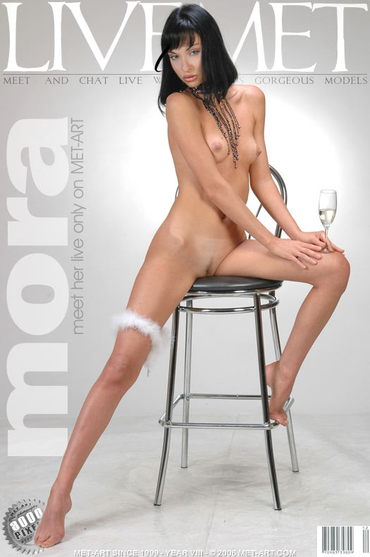 MetArt [2006-02-13_LIVE-ON-MET] 13.02.2006 Mora A - Live On Met by Met Cam Models